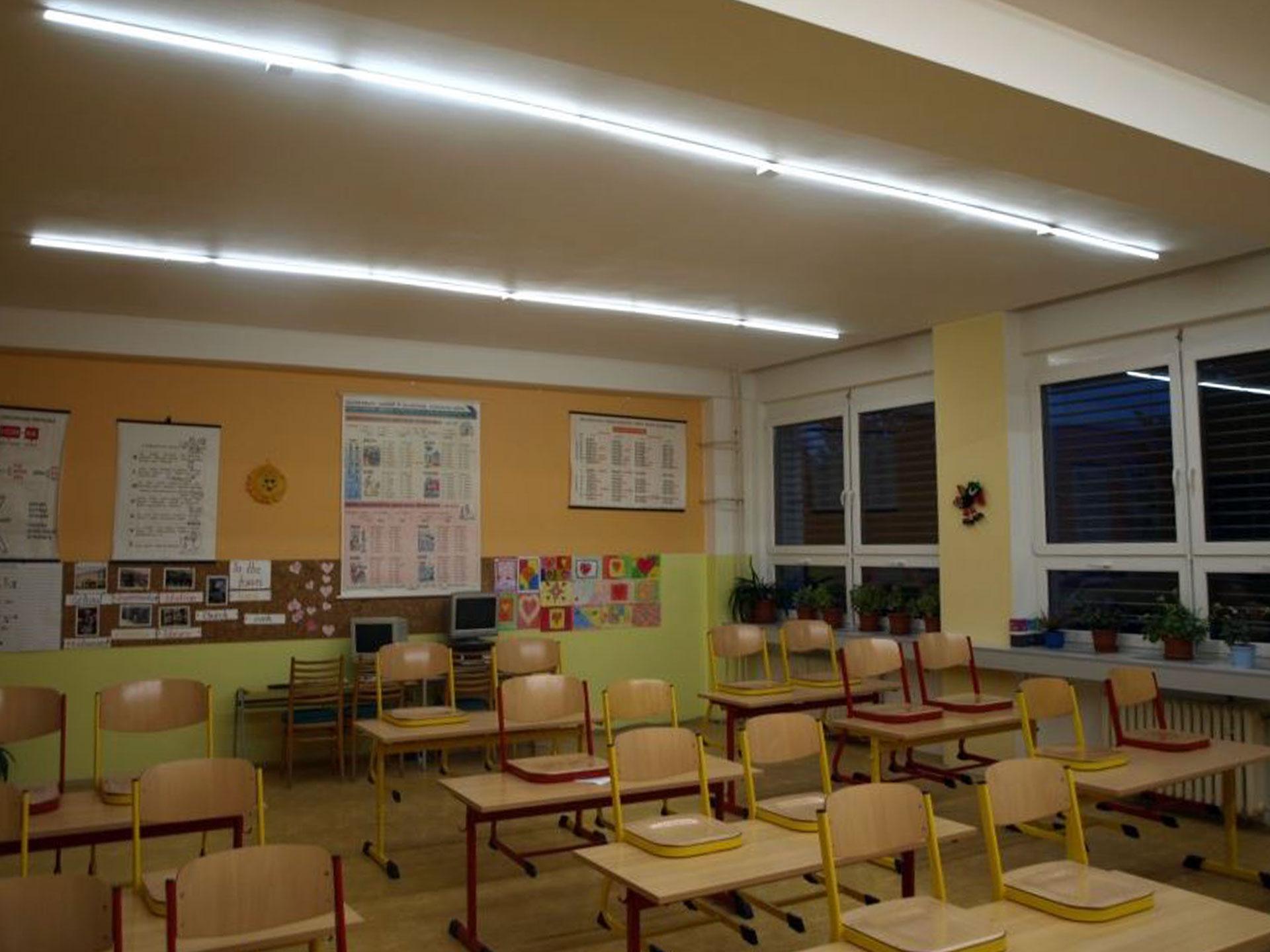 Instalace osvětlení v základní škole, Valašské Klobouky