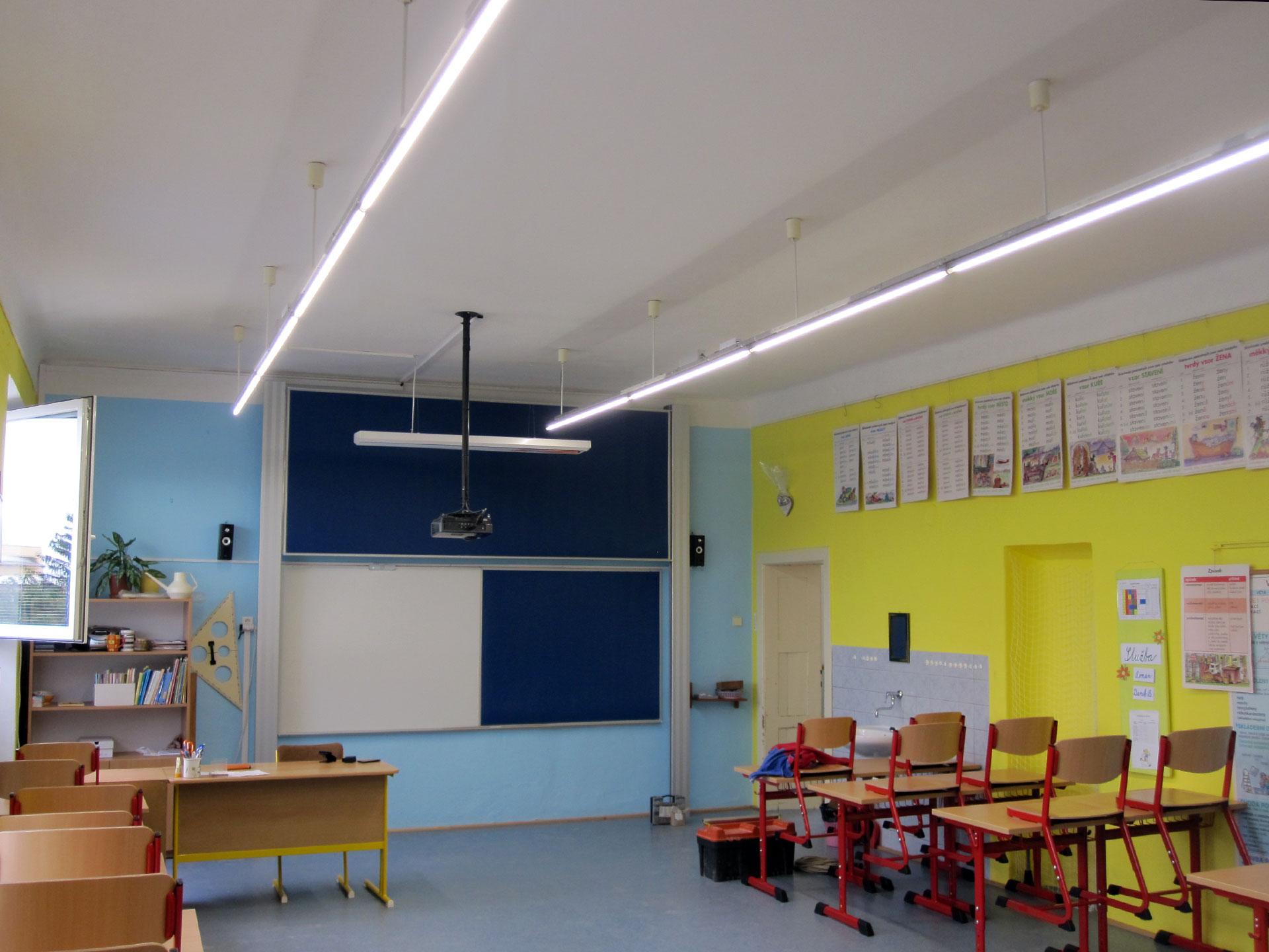 Instalace osvětlení v základní škole, Vlkoš